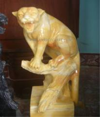 marble panther sculpture carving